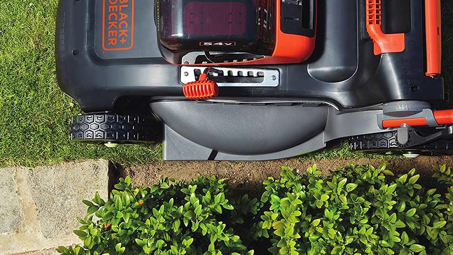 test et avis tondeuse gazon sur batterie black decker clm5448pcb xj dualvolt jardin. Black Bedroom Furniture Sets. Home Design Ideas