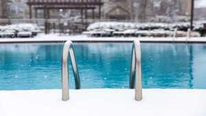 Comment hiverner sa piscine