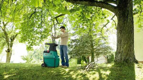 Test et avis broyeur de vegetaux Bosch AXT 22 D pas cher